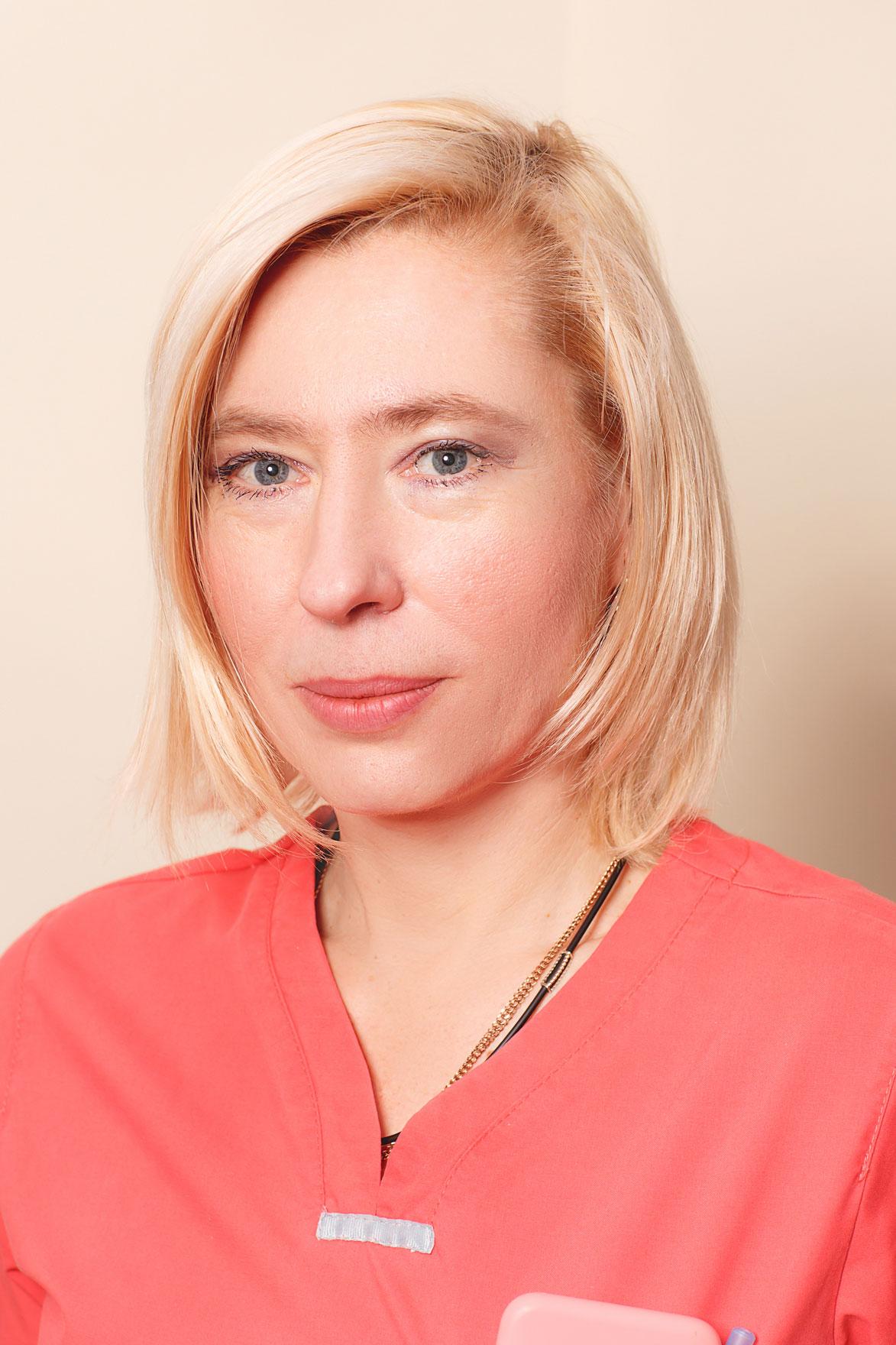 Костюкова Олена Вікторівна