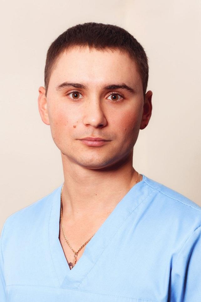 Шкурмада Артем Юрійович